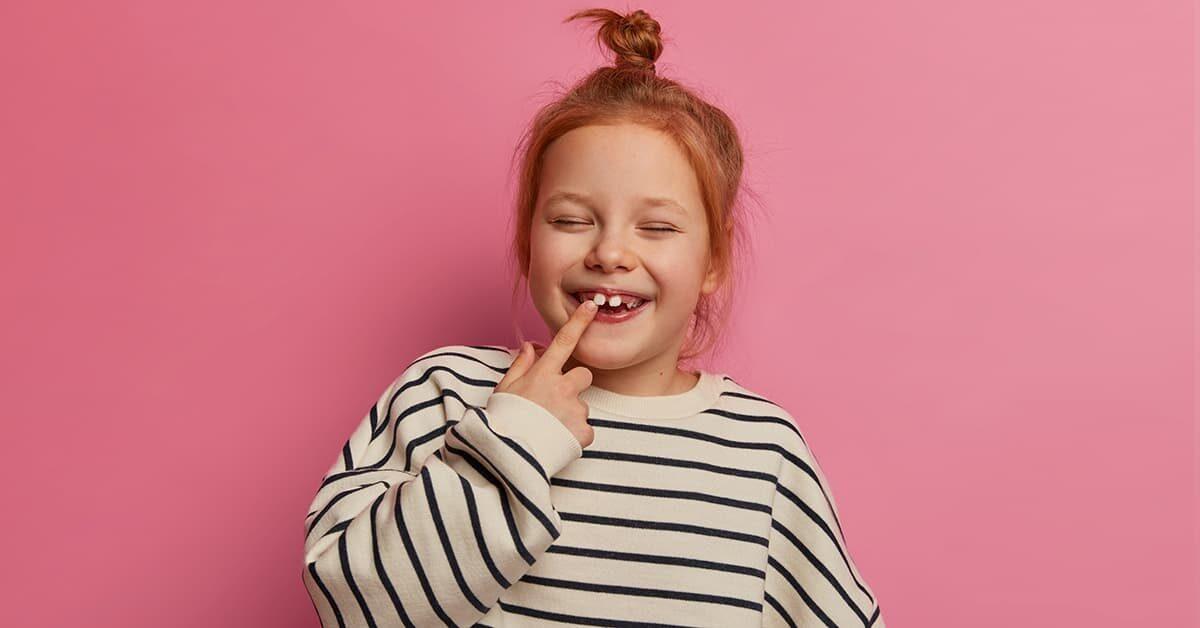 Denti da latte Quando escono e cadono questi denti?